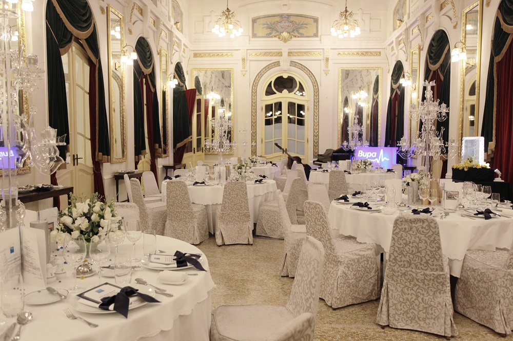 SPECIAL DINNER AT EXCLUSIVE VENUES